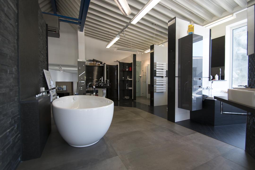 Ausstellung Bader Fliesen Sanitar